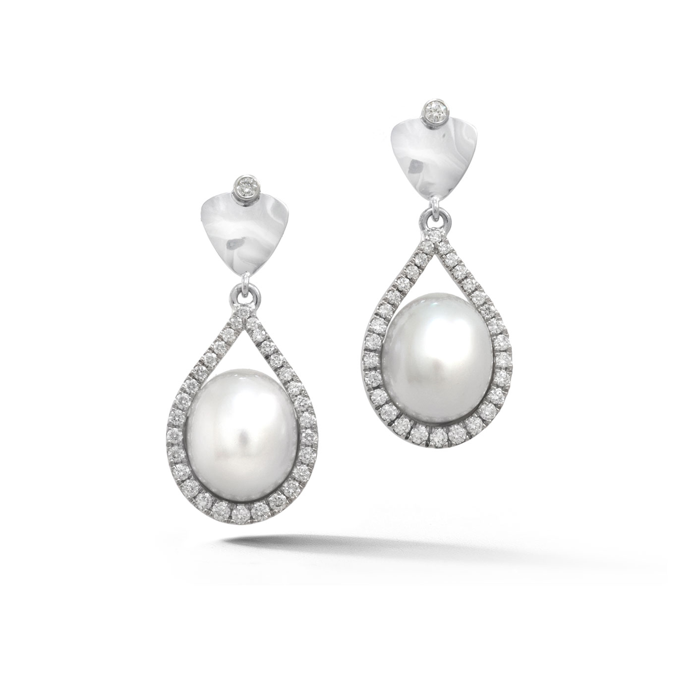 C5252 Drop South Sea Pearl Earrings