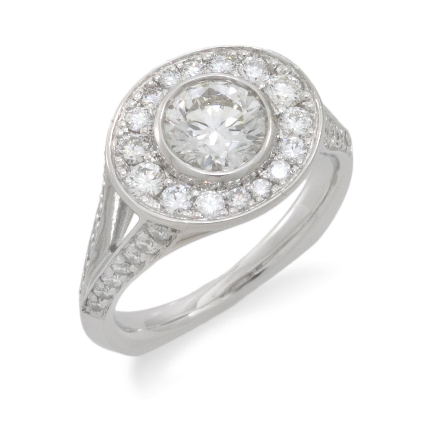 C5483 Oval Halo Ring