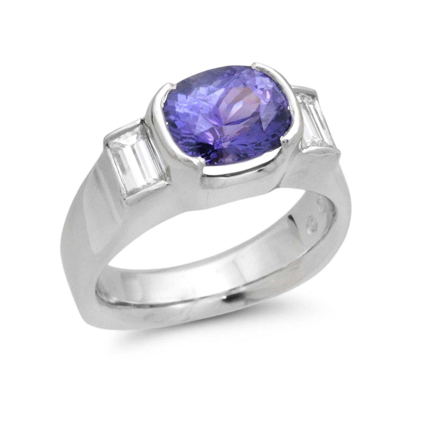 C6601 Oval Purple Sapphire Ring