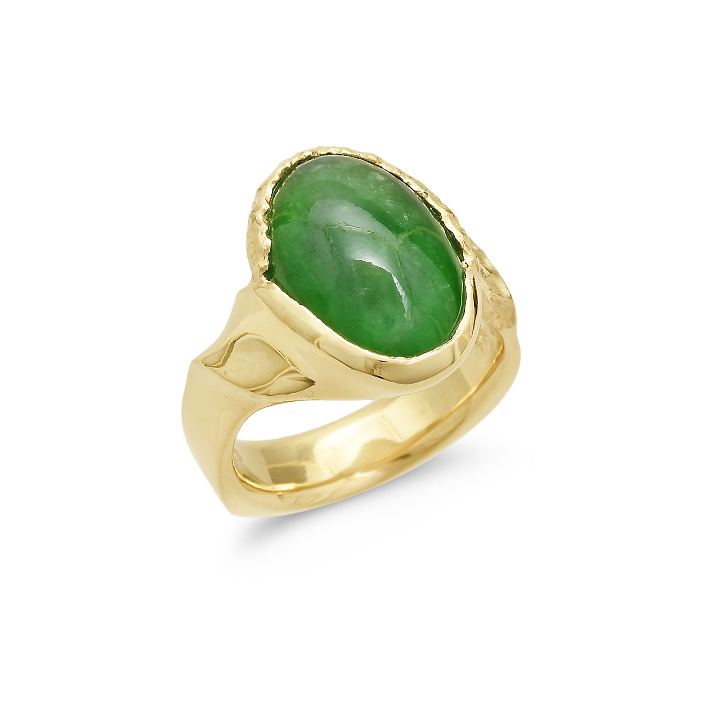 C7572 Oval Green Jadeite Ring