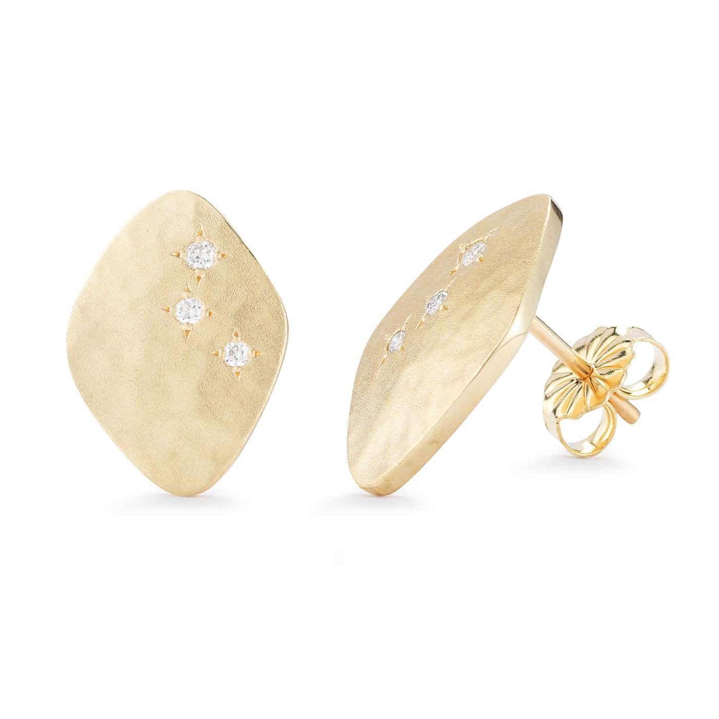 ER0210 Kite Shape Stud Earrings