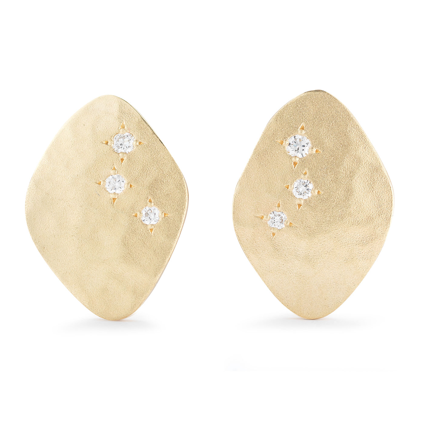ER0210 Kite Shape Stud Earrings