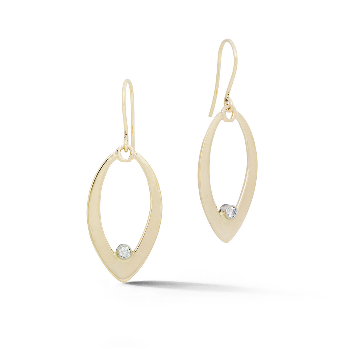 ER0215 Pointed Teardrop Earrings