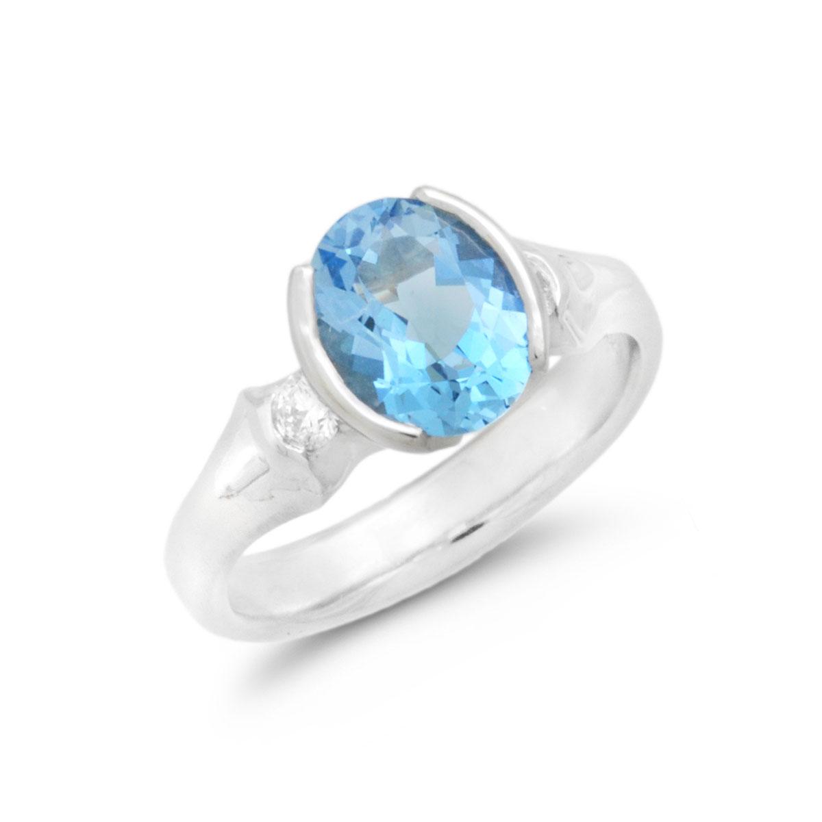 IND0989 Oval Aquamarine Ring
