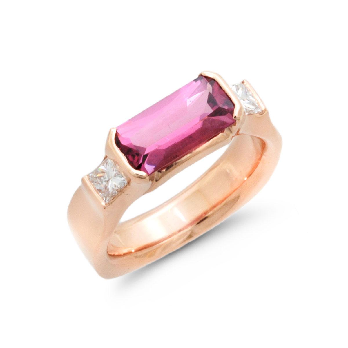 IND0990 Pink Spinel Ring