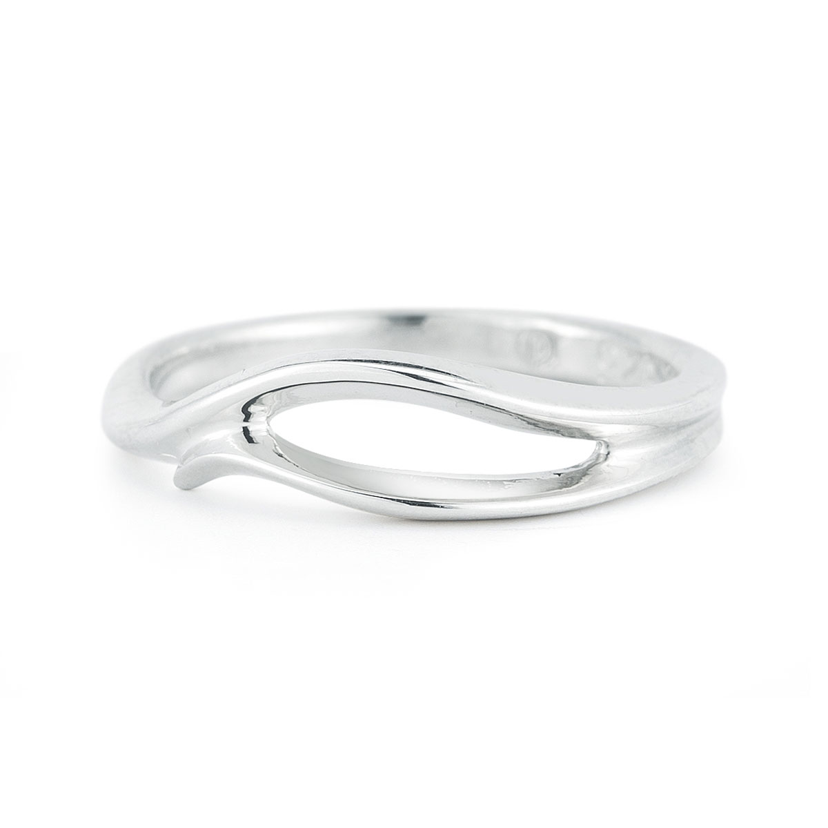WR0208 Simple Curve Ring