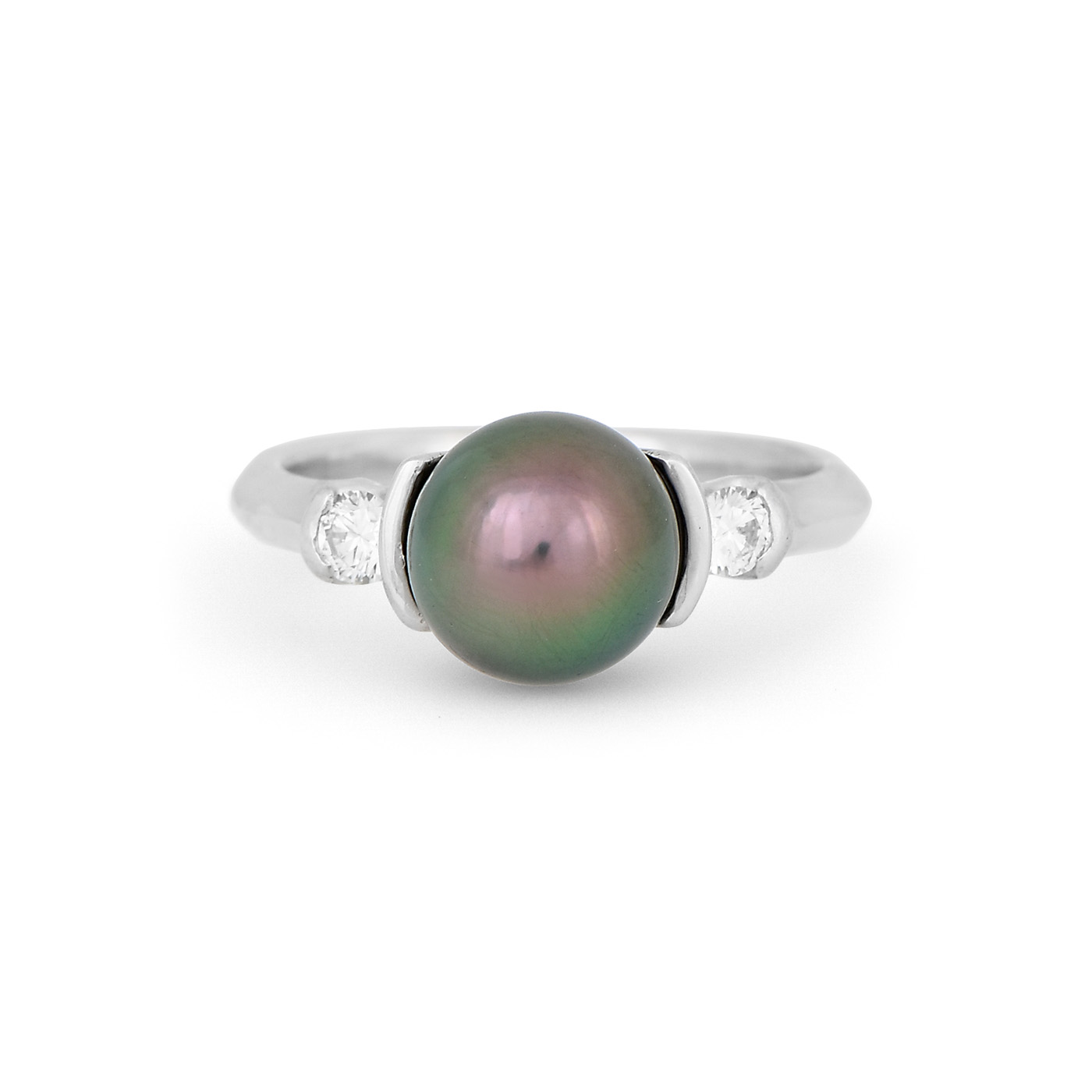 Tahitian Pearl and Diamond Ring WR0204