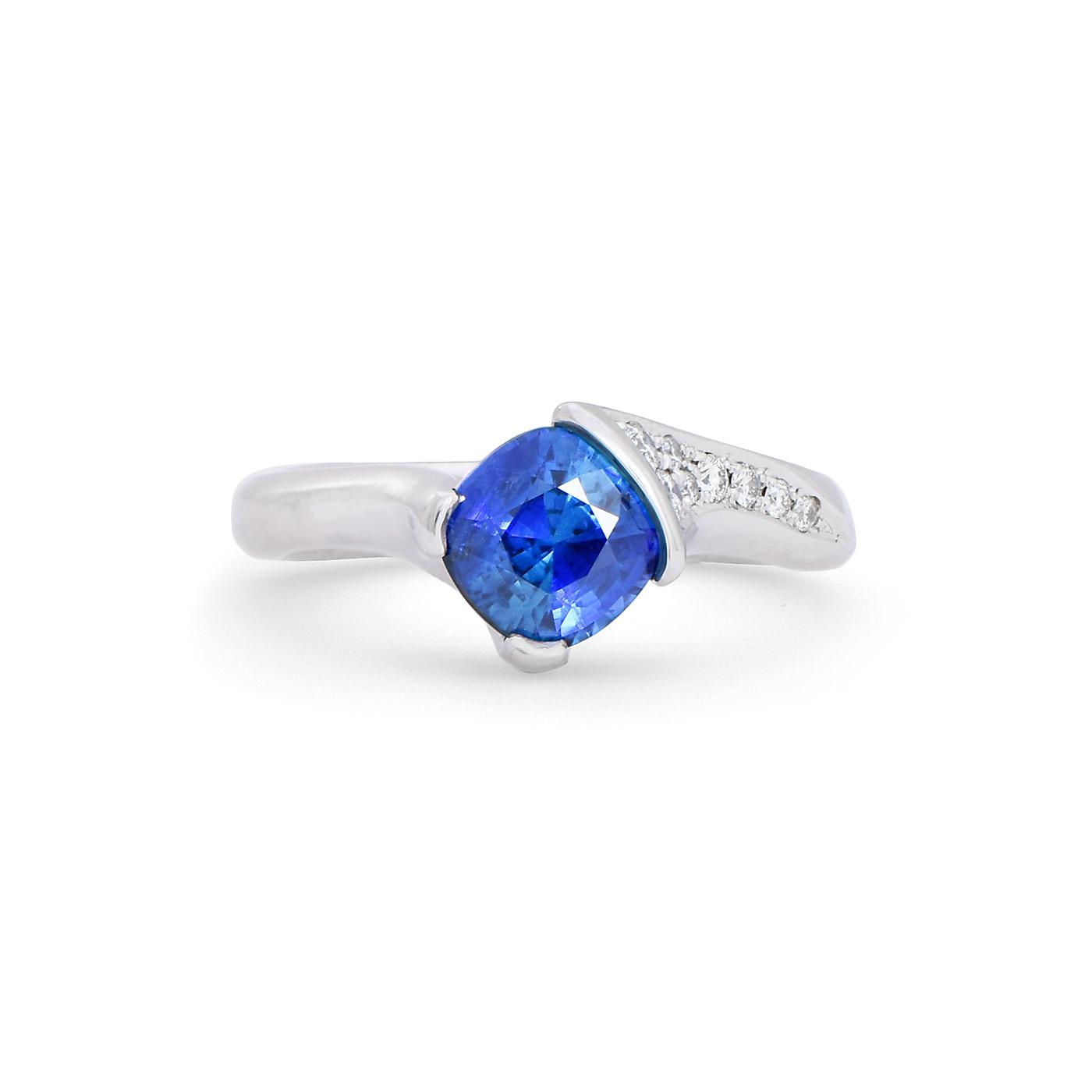 Cushion cut sapphire engagement ring dejonghe original for Sapphire studios jewelry reviews