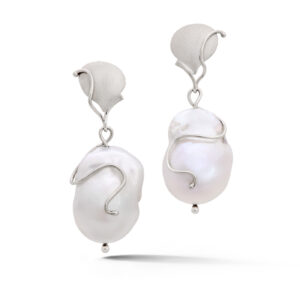 14k white gold baroque freshwater pearl earrings