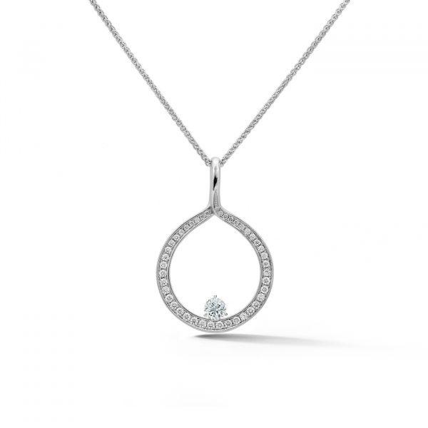 Diamond Circle Pendant in white gold with a diamond