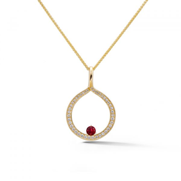 Diamond Circle Pendant in yellow gold with ruby