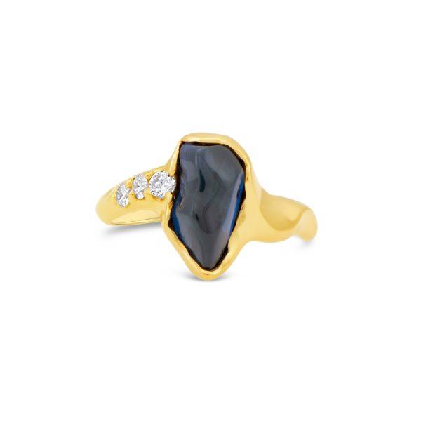 Wavy Sapphire Gold Ring