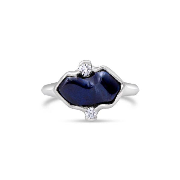 Wavy Sapphire Ring